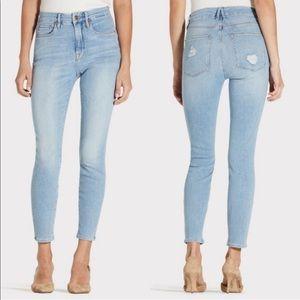 Good American Good Legs Crop in Blue Size 25